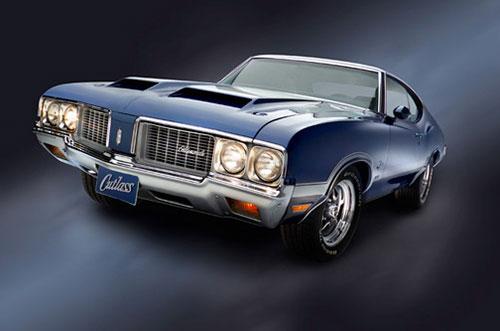 Studio automobile photography Oldsmobile Cutlass