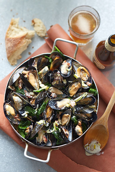 Food Photography Melt Magazine Mussels with Castello Blue Cheese Cream Sauce by BP imaging