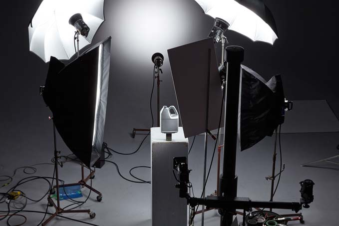 Using Lighting Techniques To Enhance Product Photography